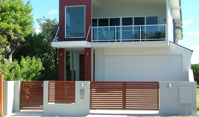 Vista - Timber Look 65 Gates And Panel